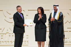 Donn Tice, Chairman and CEO of d.light receives the Zayed Future Energy Prize for Small and Medium Enterprises in Doha, Qatar.© d.light design